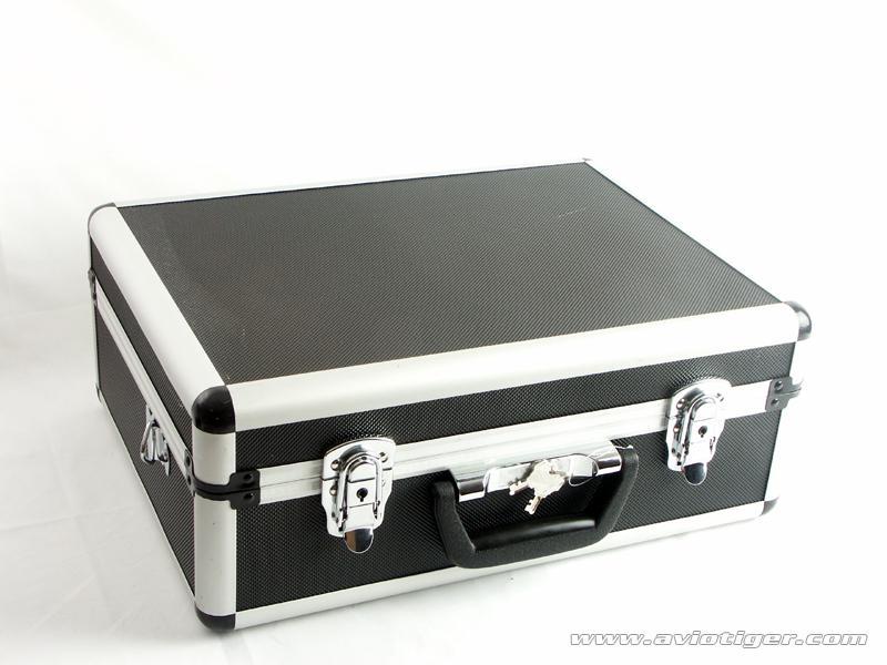 achat valise mtal radiocommande net loisirs. Black Bedroom Furniture Sets. Home Design Ideas